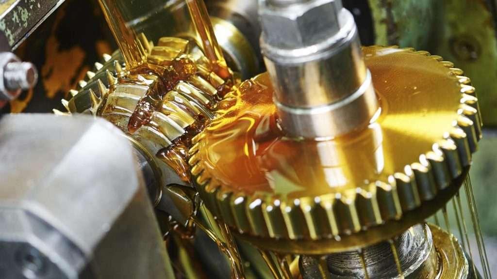 Gear oil lubrication